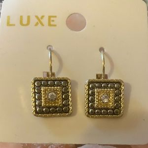 """Luxe Jewelry - 🛍NEW LUXE EARINGS AS SHOWN🛍1 1/2"""" DROP🛍"""